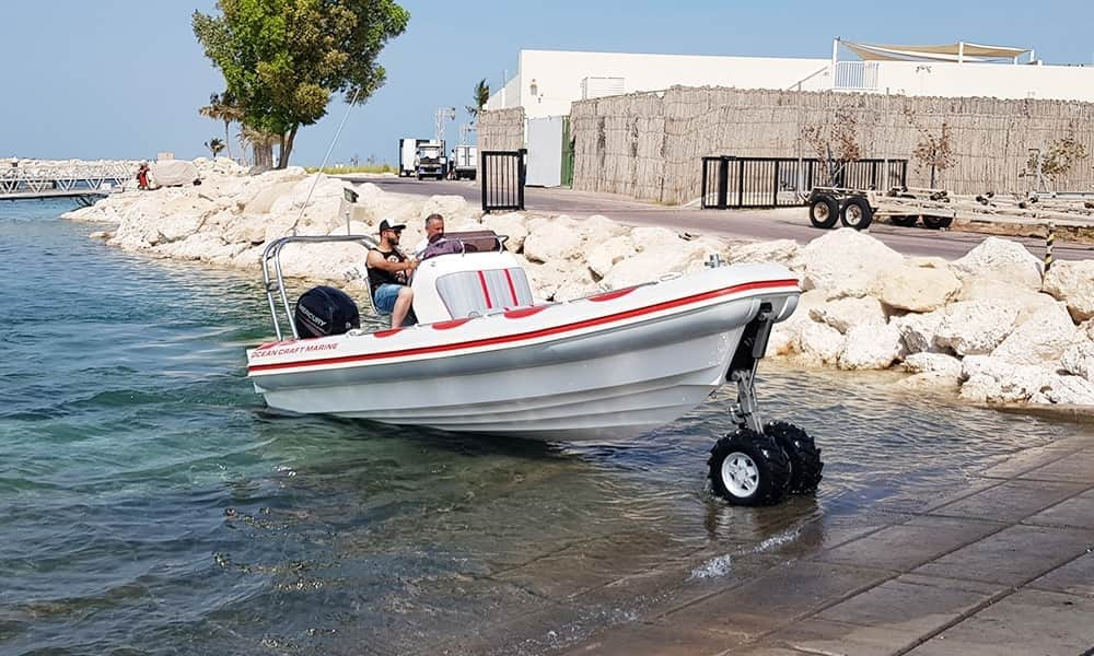 professional-amphibious-boat-with-wheels