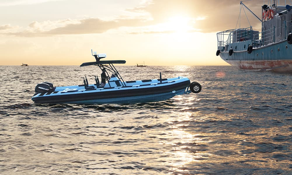 Police-Amphibious-boat