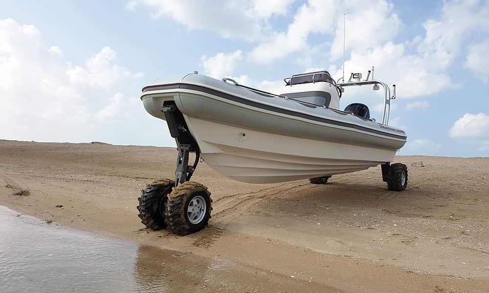 military-amphibious-boat-7.1m