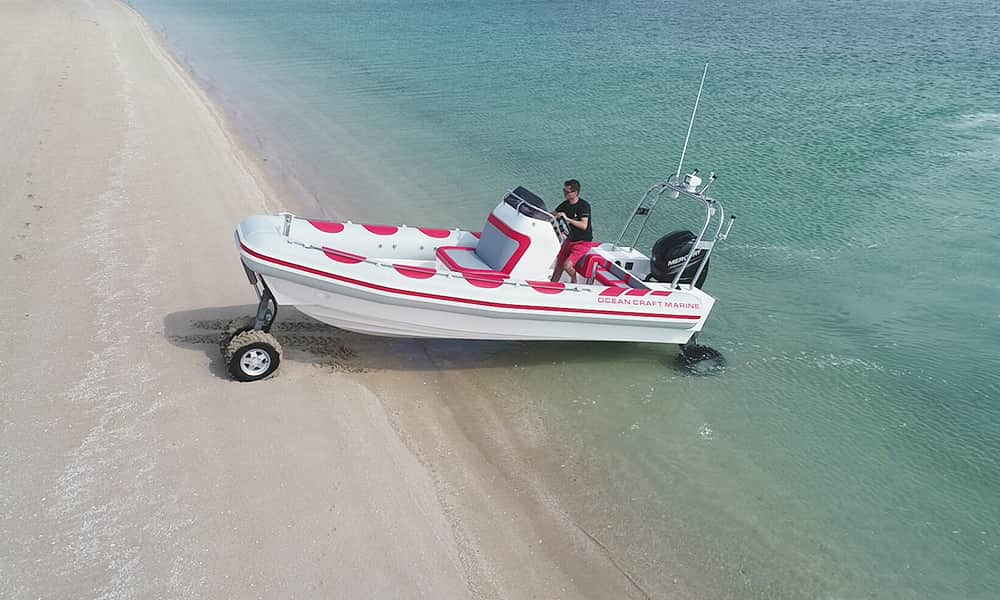 professional-amphibious-boat-with-wheels-2