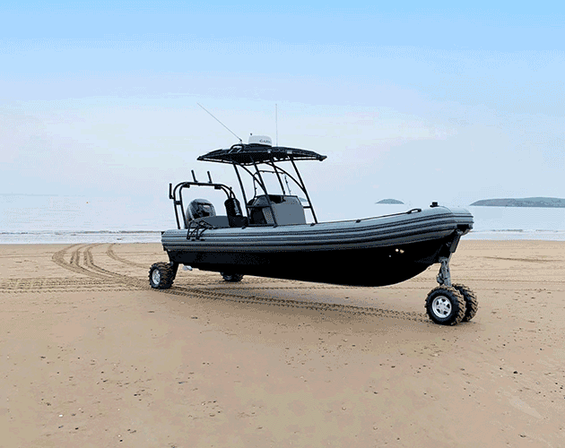 Amphibous RIB Boat