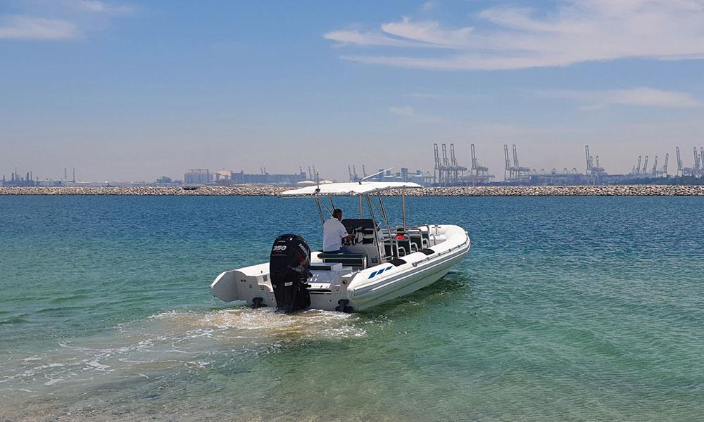 Amphibius_tour-boat-01-02