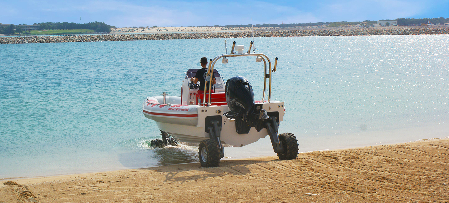 7.1M amphibious boat going in the water