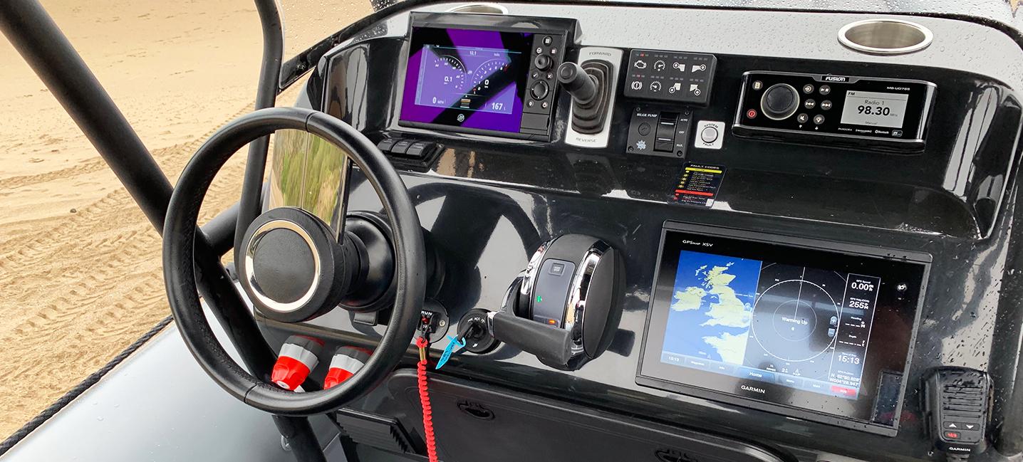 amphibious boat console